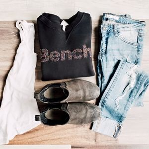 Bench confetti pullover 🎉